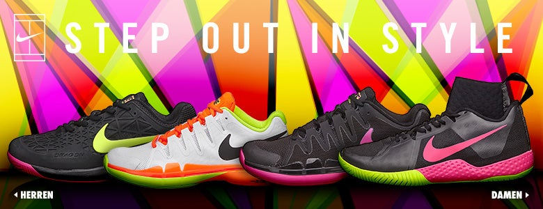 Nike Step Out In Style - Split 08.24