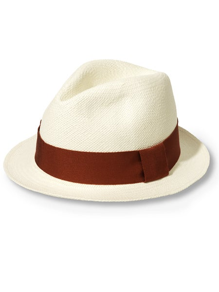 a5392d76dd8d2 Is this the hat you re talking about  It can be purchased on TWE or  rolandgarros.com for 90€