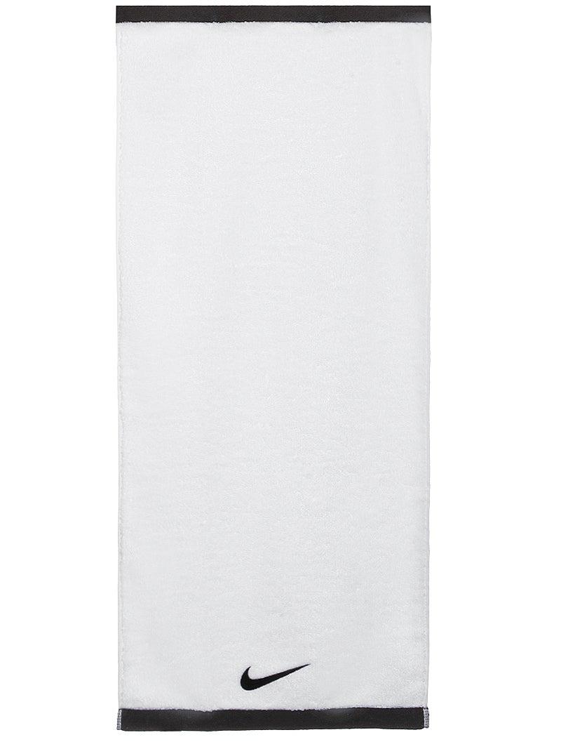 Nike Fundamental Handtuch Medium Weißschwarz Tennis Warehouse Europe