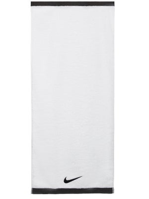 78a16c28 Nike Fundamental Towel Med White/Black - Tennis Warehouse Europe