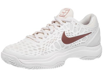 ec44d541782 Chaussures Femme Nike Air Zoom Cage 3 TERRE BATTUE Rose Gold - Tennis  Warehouse Europe